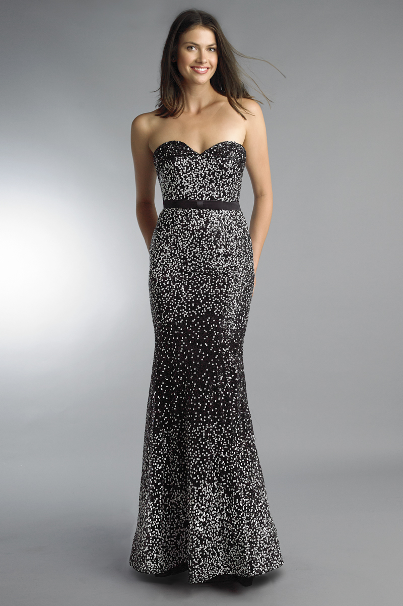 D9788L | Basix Black Label Sequin Sweetheart Gown |