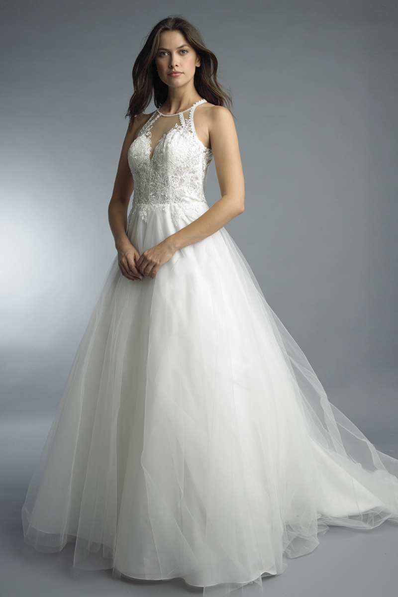 D9899L | Basix Bridal wedding dress with 4 foot train |